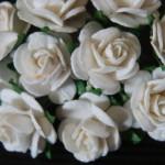 white 15mm roses